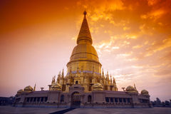 Golden Pagoda Buddhist Royalty Free Stock Photos