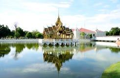 Golden pavilion Royalty Free Stock Photography