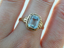 Free Golden Ring Royalty Free Stock Photos - 11213318