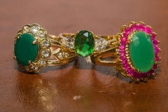 Golden Ring with Emerald Royalty Free Stock Photos