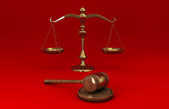Golden scale and gavel on red solid background Royalty Free Stock Photos