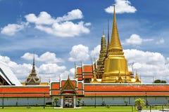 Golden sharp pagoda Royalty Free Stock Photos