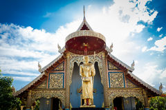 Golden statue in front of a Chiang Mai temple, Thailand Royalty Free Stock Photos