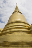 Golden stupa in bangkok Royalty Free Stock Photography