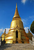 Golden stupa at wat phra kaew Royalty Free Stock Images