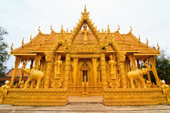 Golden thai temple Royalty Free Stock Images