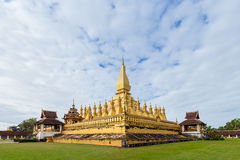 Golden Wat Thap Luang Royalty Free Stock Images