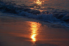 Golden Waves at Sunrise Royalty Free Stock Photos
