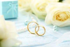 Golden wedding rings Royalty Free Stock Photos