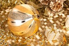 Golden Xmas decorations Royalty Free Stock Photos
