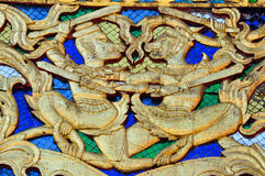 Goldene Affe worriors ummauern sulpture Lizenzfreies Stockfoto