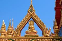 Goldene Buddha-Skulptur lizenzfreie stockbilder