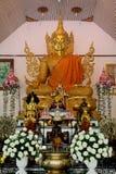 Goldene Buddha-Statue Stockfotos