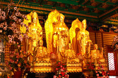 Goldene Buddha-Statue im chinesischen Tempel Lizenzfreies Stockbild