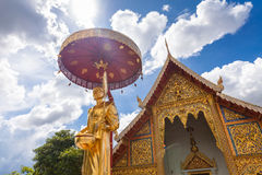 Goldene Buddha-Statue in Tempel Thailands Buddha Lizenzfreies Stockfoto