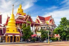Goldene Buddha-Statue in Tempel Thailands Buddha Lizenzfreie Stockfotos