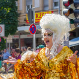 Goldene Dragqueen bei Christopher Street Day Lizenzfreies Stockfoto