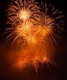 Goldene Feuerwerke Stockbild
