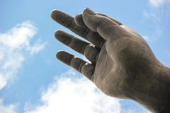 Goldene Hand des Buddhas Stockfotografie