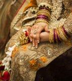 Goldene indische Braut Lizenzfreies Stockfoto