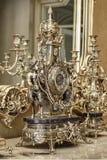 Goldene klassische Uhr Lizenzfreies Stockbild