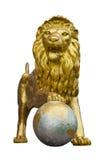 Goldene Löwestatuen. Stockfoto