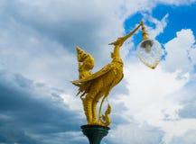Goldene Schwanlampe Stockbilder