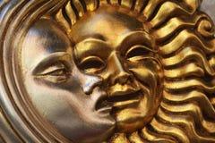 Goldene Sonnesilber-Mondschablone Stockfoto