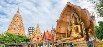 Goldene Statue Tempelmarksteinbuddha-Pagode, wat tham sua, thamu Stockfotografie
