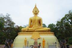 Goldene Statue von Buddha Lizenzfreies Stockfoto