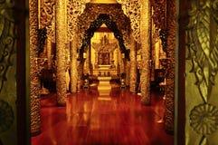 Goldene Struktur am Surasri Lager Stockbild
