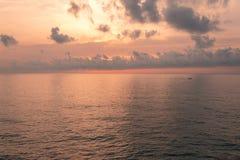 Goldene Stunde auf dem Strand stockfotografie