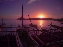 Goldene Stunde durch das Ufer lizenzfreie stockbilder