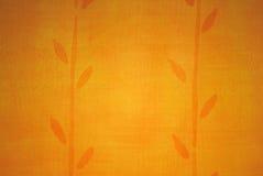 Goldene Tapete mit abstrakter Anlage Lizenzfreie Stockfotos