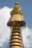 Goldene Tempeldachspitze in Tibet lizenzfreie stockfotografie