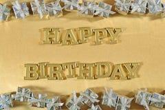 Goldene Text- und Silbergeschenke alles Gute zum Geburtstag lizenzfreies stockbild