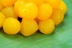 Goldene thailändische Süßspeise Stockbilder