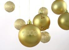Goldene Weihnachtskugeln Lizenzfreie Stockfotografie