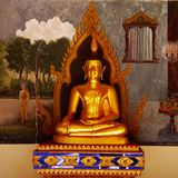 Goldener Buddha in Chiang Mai Temple Thailand Lizenzfreies Stockfoto