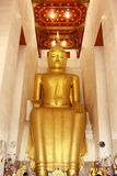 Goldener Buddha in Thailand Stockbild