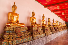 Goldener Buddha in Wat Pho Thailand stockfoto