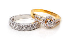 Goldener Diamantring und zeitgenössischer Diamant Stockbilder