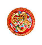 Goldener Drache verziert auf rotem Holz, chinesische Art Lizenzfreie Stockbilder