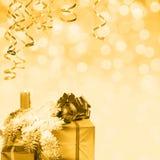 Goldener Feiertagshintergrund Stockfotos