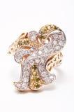 Goldener Juwel-Ring lizenzfreies stockbild