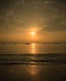 Goldener Mombasa-Sonnenaufgang Stockbilder