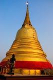 Goldener Moutain-Tempel in Bangkok lizenzfreies stockbild