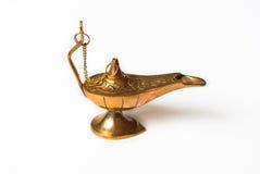 Goldener Potenziometer für orientalische Gewürze und Soßen Stockbild