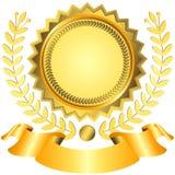 Goldener Preis mit Farbband Lizenzfreie Stockfotos