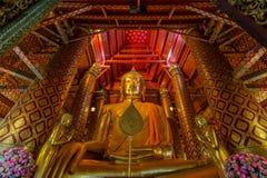 Goldener Riese Buddha Stockfoto